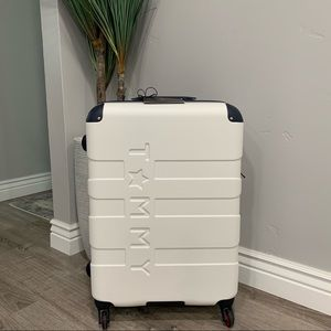 """NWT Tommy Hilfiger Suitcase - 25"""""""